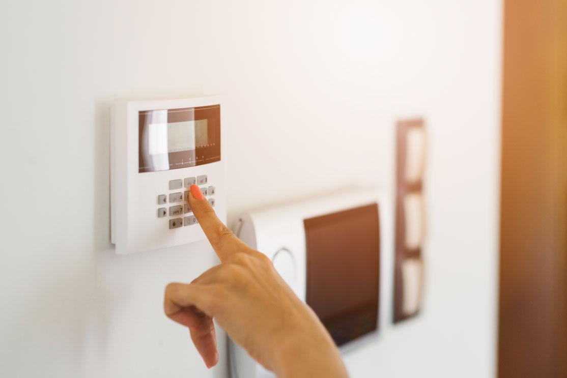 Contrata un sistema de alarma para evitar okupaciones