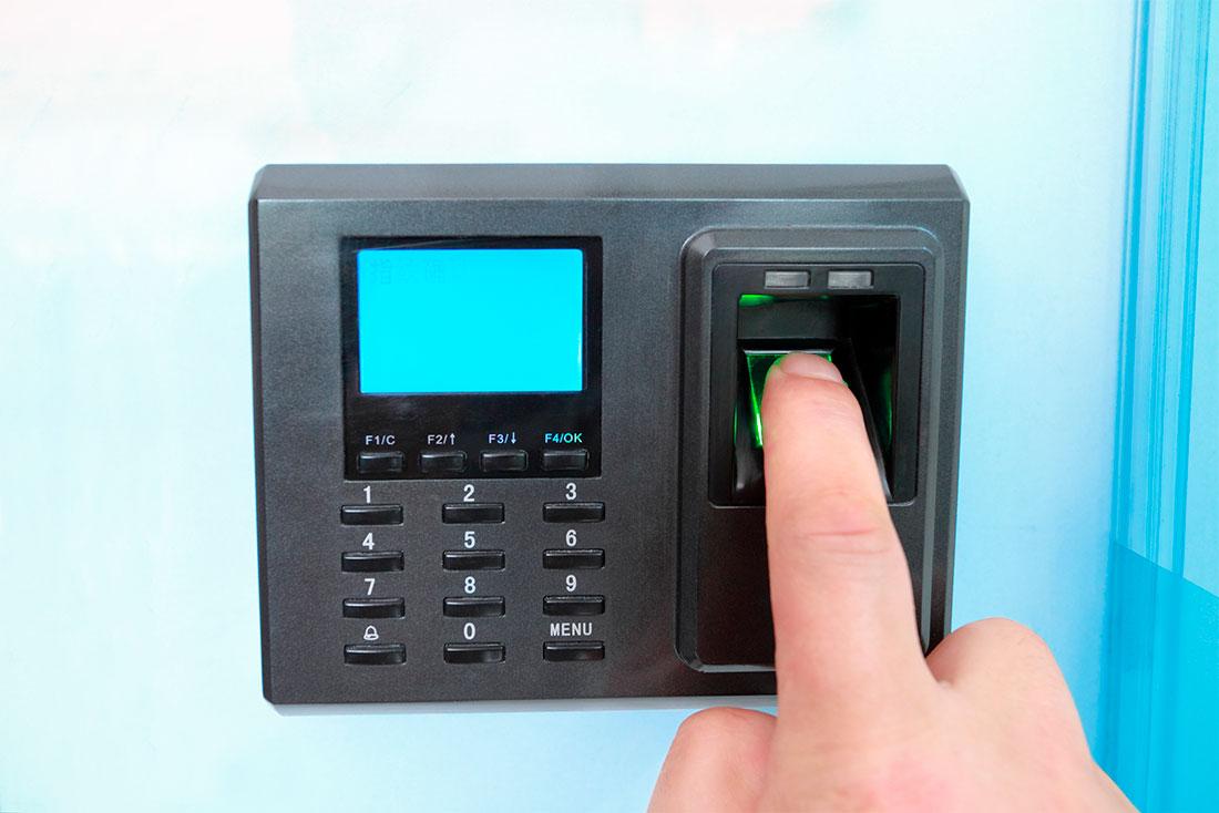 ¿Cómo funcionan los controles de acceso antiokupas?